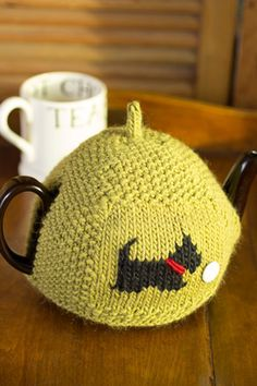 Seed-Stitch Tea Cozy Using Debbie Bliss Cashmerino Aran – Churchmouse Yarns & Teas Knitting Designs, Knitting Patterns, Scarf Patterns, Knitting Tutorials, Knitting Projects, Craft Projects, Dog Chart, Knitted Tea Cosies, Tiny Cross Stitch
