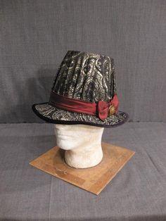11001418  Hat Mens Renaissance sugarloaf style black gold brocade H22.75.JPG