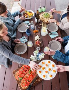 Summer Picnic Ideas from The Sweetest Occasion