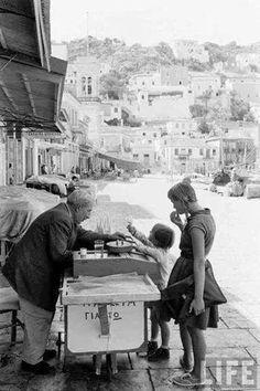 Greece, 1961 Photo by Soula Kanellopoulou Greek Sea, Old Greek, Greece Photography, Vintage Photography, Greece Pictures, Greek History, Greek Culture, Athens Greece, Greek Life