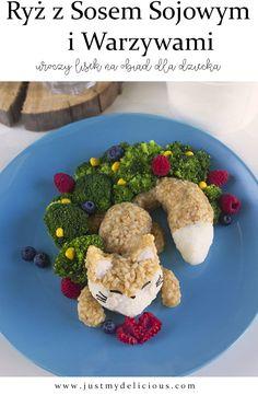 Ryż z sosem sojowym i warzywami to zdrowy obiad dla dzieci i dorosłych. Wygląda uroczo, smakuje przepysznie i jest fit. #deser #dladzieci #śniadanie #kolacja #podwieczorek #dzieci #zdrowe #zdrowo #jedzenie #przepis #przepisy #blog #stylistajedzenia #fotografiakulinarna #stylizacjajedzenia #sztukakulinarna #lis #lisek #warzywa #brokuły #jagody #maliny #borówki #obiad #fit #sossojowy Avocado Toast, Cookies, Breakfast, Food, Crack Crackers, Morning Coffee, Biscuits, Essen, Meals