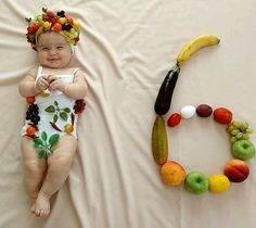 Check out 15 adorable baby photos to brighten up your day and will blow your mind. These cute babies makes everyone happy and make your day cool. Monthly Baby Photos, Newborn Baby Photos, Baby Girl Photos, Baby Poses, Cute Baby Pictures, Baby Boy Newborn, Baby Baby, Baby Girls, Newborn Photography Poses
