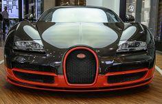 Bugatti Veyron (Front View) [explored]