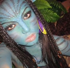 Avatar Halloween makeup..this girl went all out.