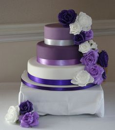 Shades of Purple Wedding Cake, via Flickr.