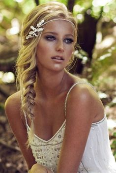 Chic Floral Embellishment - Elegant Wedding Hairstyles With Headpieces - Photos