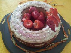 Fraisier de Pâques IG bas (+ génoise) - sans lactose Sans Lactose, Souffle, Desserts, Hair, Tailgate Desserts, Deserts, Postres, Dessert, Plated Desserts