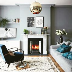 Gorgeous Grey Living Room Ideas And Inspiration is part of Contemporary Living Room Grey - From bright & airy Scandi style spaces to modern, edgy Rock 'n' Roll style dark and dramatic interiors, here are our favourite grey living room ideas Living Room Trends, Chic Living Room, Living Room Grey, Living Room Inspiration, Living Room Interior, Home Interior, Living Room Designs, Living Room Furniture, Living Room Ideas Uk