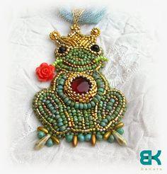 брошь лягушка - царевна