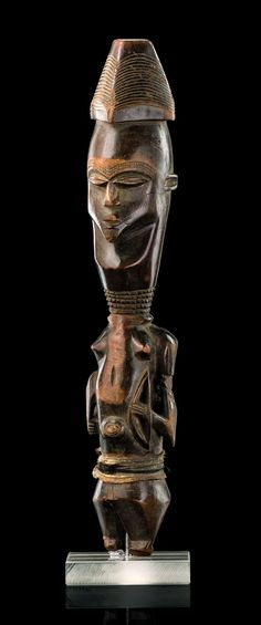 Africa | Warrior figure with knife and bow from the Bena Lulua people of DR Congo | Wood, leather