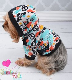 Hey, I found this really awesome Etsy listing at https://www.etsy.com/listing/225556321/tobys-hooded-t-shirt-for-dogs-pdf