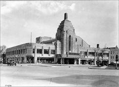 Pickwick Exterior 1929, via Flickr.