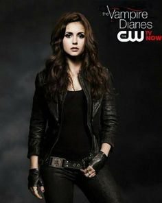 Is it just me or does she look a little like Lily Colons from The Mortal Instruments (Clary) in shadowhunter gear in this pic?