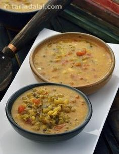 The Panchratni Dal is a real ratan or gem from Indian cooking! It has many interesting qualities, which make it appeal to almost everybody. This traditional recipe combines five pulses, ranging from moong to toovar, which gives it a unique texture.