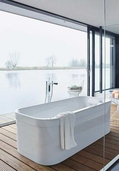 Bañera redondeada   #bañera #bathtube #free #bath #freebath