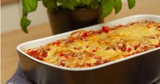 Gratinert bologneseform Bolognese, Macaroni And Cheese, Pasta, Ethnic Recipes, Food, Mac And Cheese, Essen, Meals, Yemek