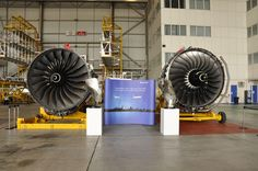 Left: The 787 power plant, Rolls Royce Trent 1000. Right: The RR Trent 900 which powers the A380. (photo by Paul Thompson)