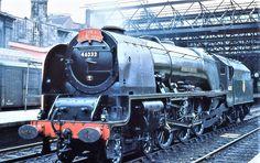 Steam Trains Uk, Old Trains, Vintage Trains, Old Wagons, Steam Railway, Train Art, Railway Posters, British Rail, Train Pictures