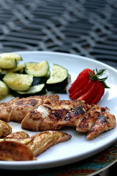 Strawberry-Balsamic Marinated Chicken from @ellyka
