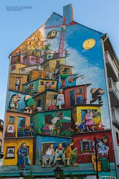 Street Art Crazy Good Urban Street art , Really Great artwork . http://stores.ebay.com/urbanartdesigns