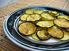 Dehydrated Zucchini Chips [incl 5 recipes that include mild to spicy varieties]