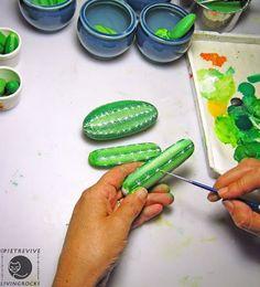 Sassi a p-arte: cactus painting rocks Cactus Painting, Pebble Painting, Pebble Art, Stone Painting, Diy Painting, Rock Painting, Painted Rock Cactus, Hand Painted Rocks, Stone Cactus