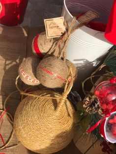 We decorate we design we customise Christmas Decoration Items, Christmas Items, Crea Design, Handmade Design, Christmas Accessories, Happy Holidays, Straw Bag, Concept, Stuff To Buy