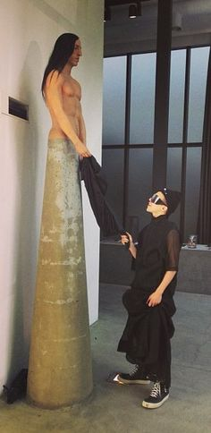 """G-Dragon's instagram update: """"Finally got to meet Rick Owens today But he didn't say much. hope we can talk more next time bruh"""""""