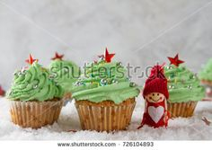 Image result for christmas cupcake butter icing