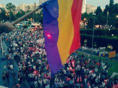 Luna Gómez Os envio foto de una de las manifestaciones aquí en málaga. Saludos.