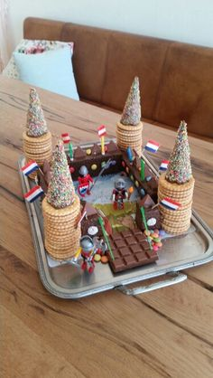 Knight's Castle # Cake # Children's Birthday Ritterburg # Kuchen # Kindergeburtstag 397 Source by da Kale Pasta, Food Decoration, Food Cakes, Kids Meals, Cake Recipes, Cake Decorating, Bakery, Food And Drink, Sweets