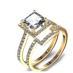Halo PRINCESS Cut Diamond Wedding Set in 14k Yellow Gold