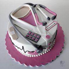 Nurse Cake - cake by Antonia Lazarova - CakesDecor Doctor Birthday Cake, Doctor Cake, Nursing Graduation Cakes, Cake Designs For Girl, White Coat Ceremony, Nurse Party, School Cake, Shirt Cake, Retirement Cakes