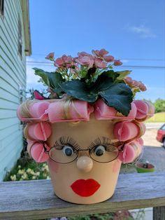 Summer Crafts, Fall Crafts, Christmas Crafts, Clay Pot Projects, Clay Pot Crafts, Clay Flower Pots, Flower Pot Crafts, Cute Crafts, Crafts To Do