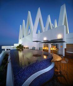 Miami Beach amazing pool side villa