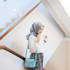 "5,582 Likes, 20 Comments - Sari Endah Pratiwi (@saritiw) on Instagram: ""Sling bag from @houseofatiko ma fav color! Tosca"""