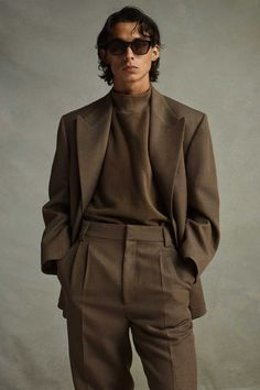 Mode Masculine, Masculine Style, Suit Fashion, Mens Fashion, Fashion Outfits, Men Fashion Show, Vogue Fashion, Fashion Styles, Fashion Trends