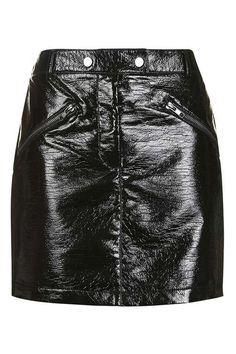 Channel your inner biker-girl with this cool black mini skirt in vinyl, featuring zip pockets and popper detail at the waistband. Wear with a graphic t-shirt for a tough-cool vibe. Black Leather Shorts, Faux Leather Skirt, Leather Mini Skirts, Vinyl Mini Skirt, Topshop Skirts, Chill Outfits, Glamour, Biker Girl, Clothes For Women