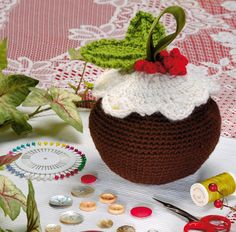 Free pattern! It's a #Christmas pud and a handy basket :D