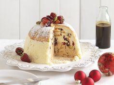 Weihnachtliche Cassata   Zeit: 50 Min.   http://eatsmarter.de/rezepte/weihnachtliche-cassata