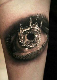 Amazing eye tattoo