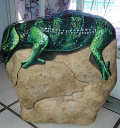 Painted Rock Art /Chameleon / Reptile Painting by MeloArtGallery