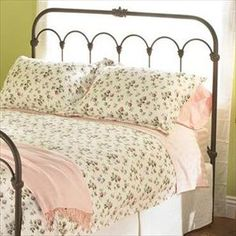 Iron Beds Queen Hillsboro Headboard And Footboard Bed By Wesley Allen At Baer S Furniture