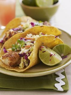 Here is a recipe for low calorie fish tacos prepared with flaky white cod which is seasoned perfectly with garlic, lime, and cumin.