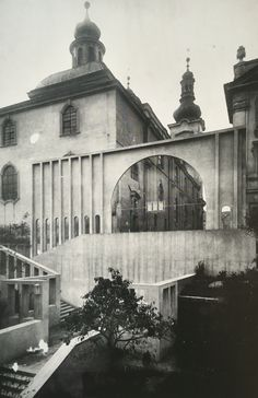 Entrance slope to the Church of the Virgin Mary at Hradec Králové, Josef Gočár, 1909-10