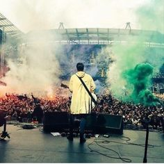 Liam Fray, the courteeners playing before The Stone Roses last Sunday!
