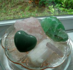 heart chakra stones... Self-care, self-love, heart healing, heart chakra balancing and boosting...