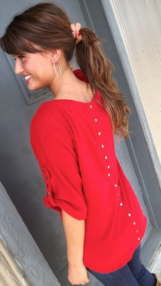Favorite Fall Tunic - I want this in black or white for work!