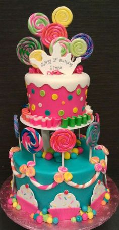 cake Such a cute cake Candyland Birthday Candy cake. Would be fun for a candyland party. Candyland cake, I love love love . Torta Candy, Candy Cakes, Candy Theme Cake, Fondant Cakes, Cupcake Cakes, Super Torte, Kreative Desserts, Cupcakes Decorados, Cake Tasting