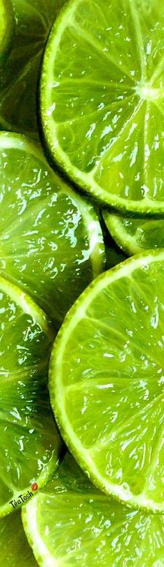 Reference Photos For Artists, Art Reference, Realistic Drawings, Art Drawings Sketches, Fruit Vert, Fruit Photography, Green Wallpaper, Color Pencil Art, Food Drawing